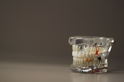How To Identify A Good Oral Surgeon?